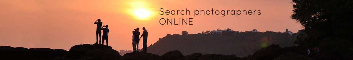 Search Photographers online.